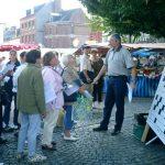 10 septembre : Festival d'Eu Sur la place du Marché, les chalands en ont vu de toutes les couleurs avec la grille géante présentée par J.R.